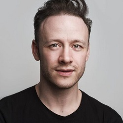 Photo of Kevin-Clifton