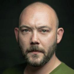 Headshot of Leonard Cook
