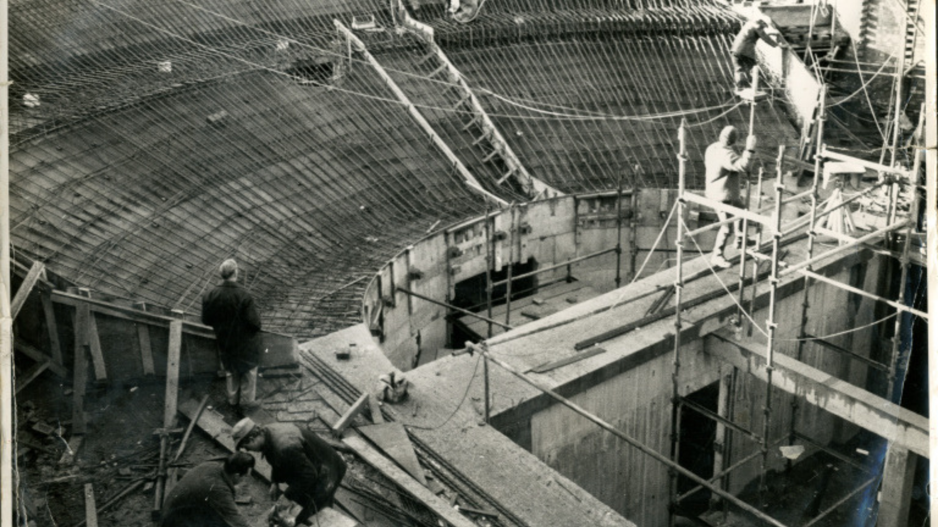 Black and white photo of the theatre being built in 1966